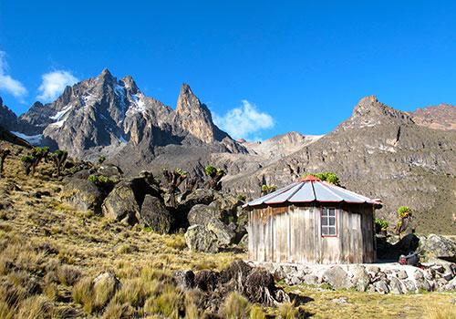 5 Days Mount Kenya Sirimon Down Chogoria {Acclimatazation Ayt Austrian Huts}