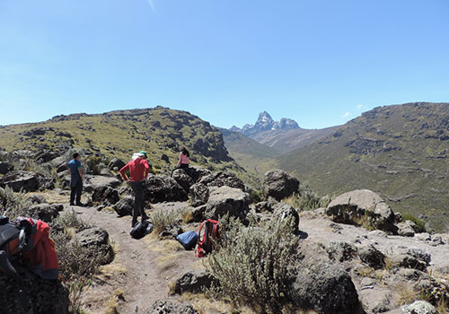6 Days Mount Kenya Adventure / Hiking Sirimon Route Down Chogoria